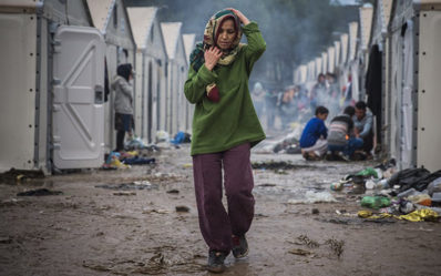 female-refugee-lesvos