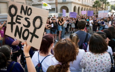 epa06831774 Hundreds of people attend a protest against the judicial decision to grant the release on bail to the five men accused of gang raping a woman back in 2016, in the popularly know as the 'Manada' (wolfpack) case in Huelva, Spain, 22 June 2018. The verdict sentenced all five accused to nine years imprisonment for sexual abuse of a young woman during San Fermines fiestas back in 2016. The sentence has caused a national outrage and several protests against the judge's decision to not consider the act as a rape since, according to the sentence, there was no violence.  EPA/JULIAN PEREZ